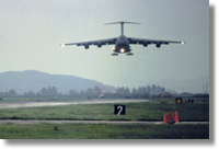 C5 arriving at Osan, 1986