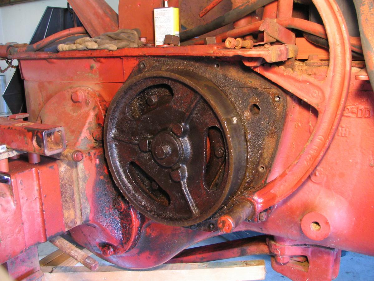 farmall m in the suburbs oily brake drum
