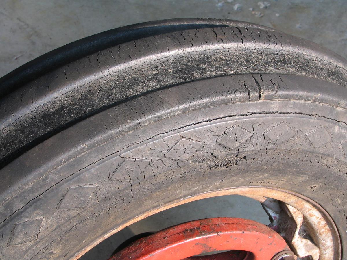 tires dry rot